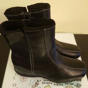 Sports snow boots size 8
